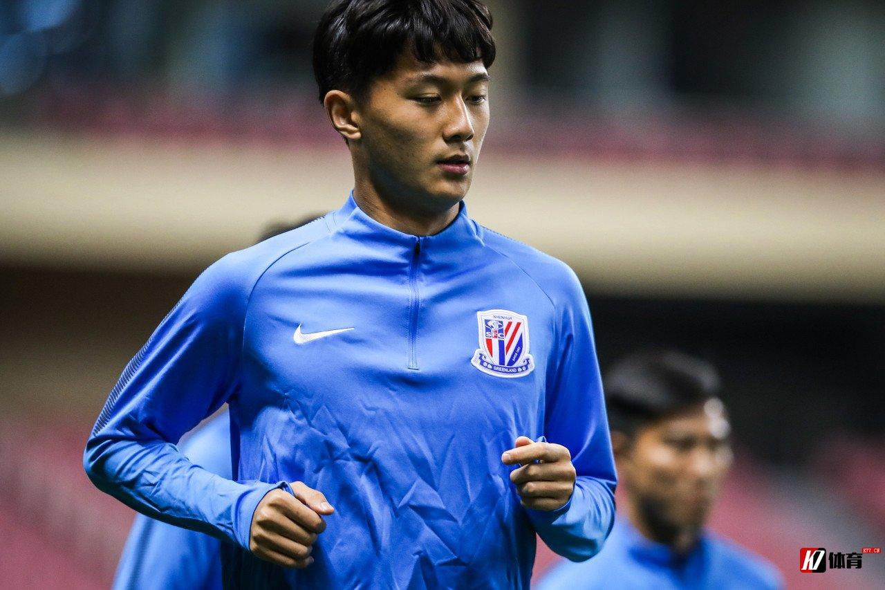 申花官方:蒋圣龙右膝外侧副韧带二度撕裂,估计恢复期为8周