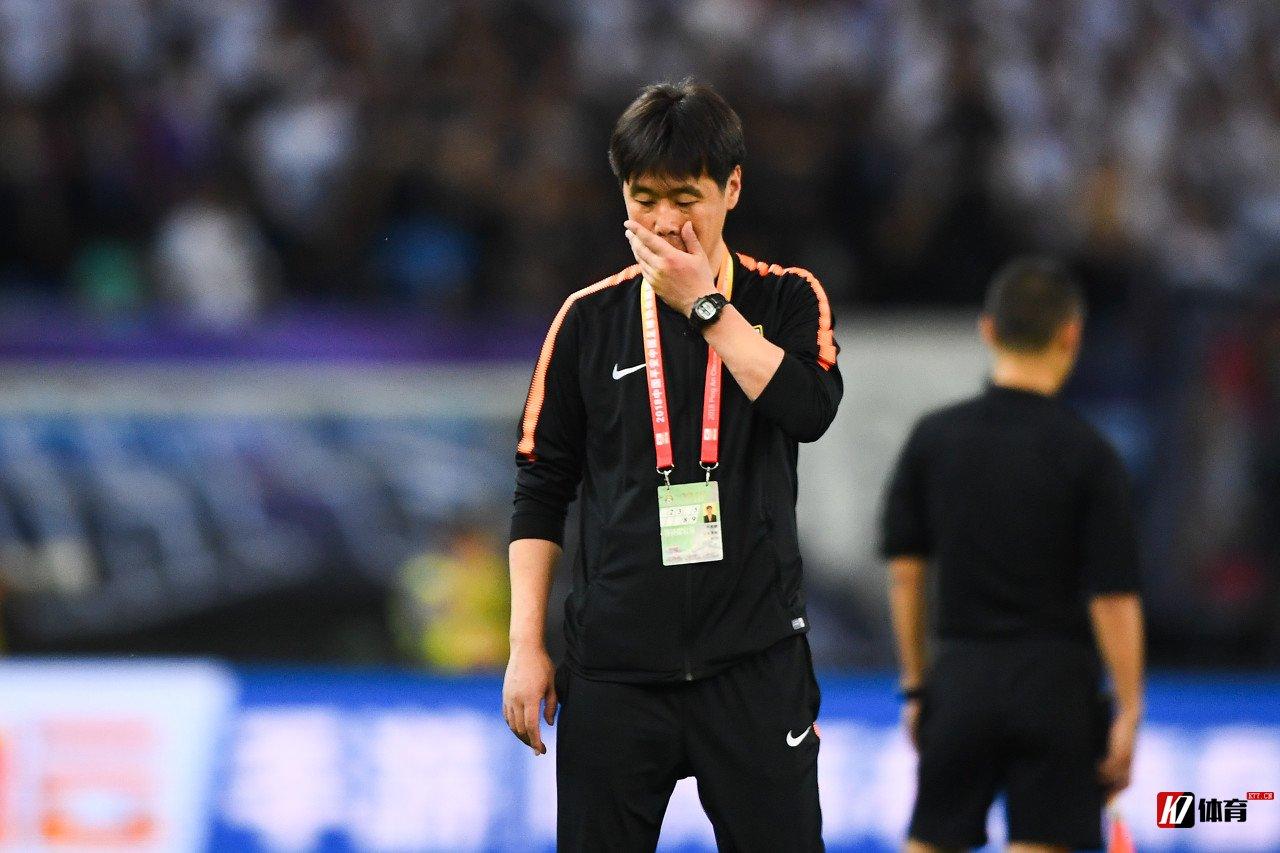 鲁媒:VAR捅出了中超的哀伤,映出了中国足球的苍白